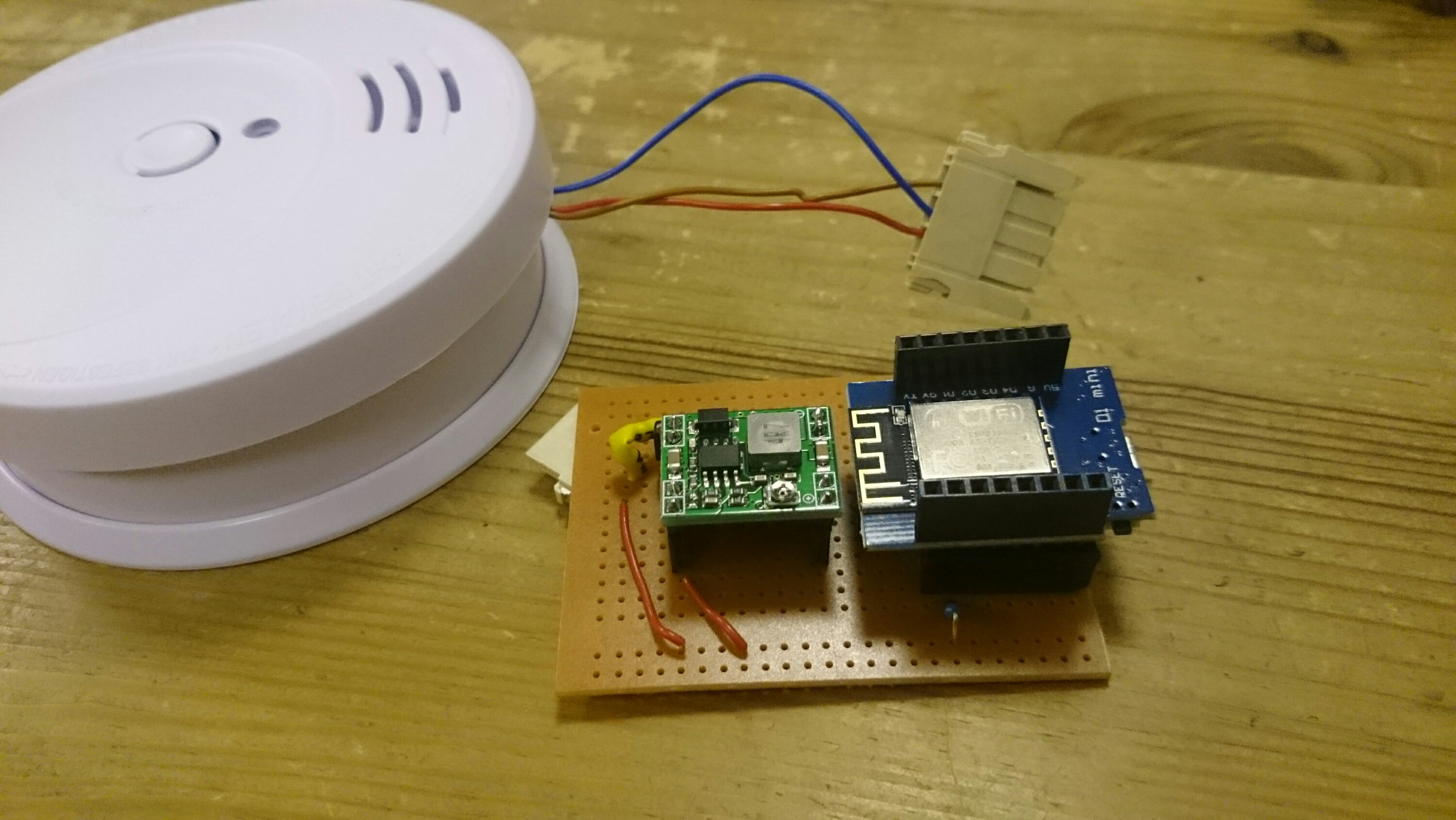 WIFI+MQTT Smoke-Detector with 5yrs battery and ESP8266